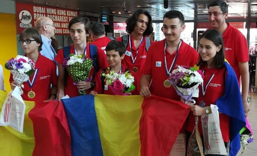 Photo of Balkan Matematik Yarışması'nda Romanya Lumina öğrencilerinden 2 madalya