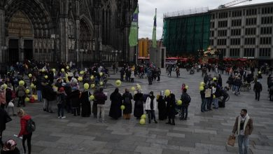 Photo of Köln'den tutsak bebeklere özgürlük çağrısı