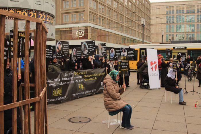 Başkent Berlin'den Türkiye'deki kadınlar için haykırdılar 2
