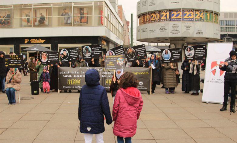 Başkent Berlin'den Türkiye'deki kadınlar için haykırdılar 1