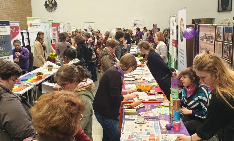 Köln'de 60 kadın derneği bir araya geldi 1