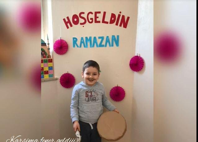 Dortmundlu minikler Ramazan davulcusu oldu 1