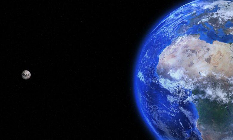 Dünyanın üç çehresi varmış | Zekeriya Çiçek 1