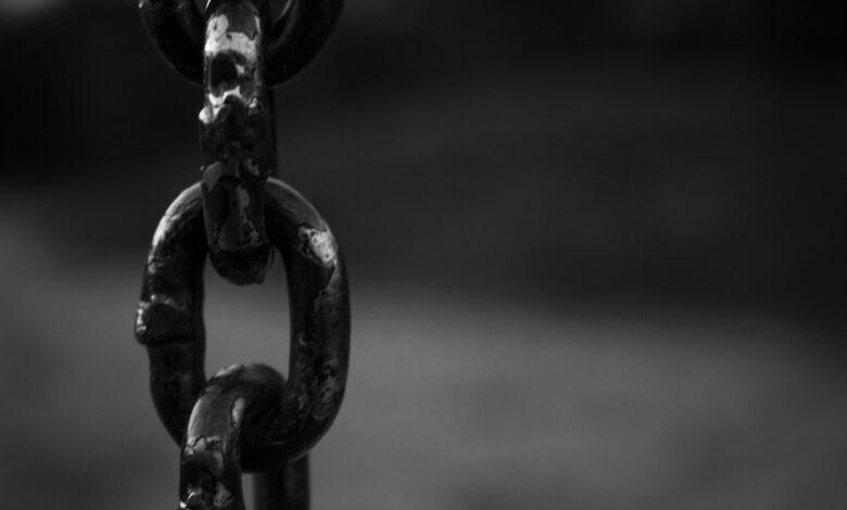 Çıplak arama insanlık suçudur! | Cemil Tokpınar 1