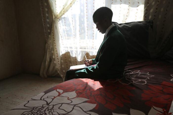 G.Afrika'daki Hizmet okulundan tarihi başarı | Türkmen Terzi 4