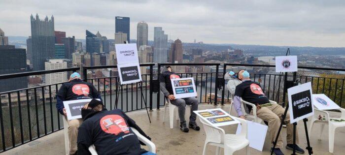 Beyaz sandalye Amerika ve Kanada'nın 25 şehrinde... 6