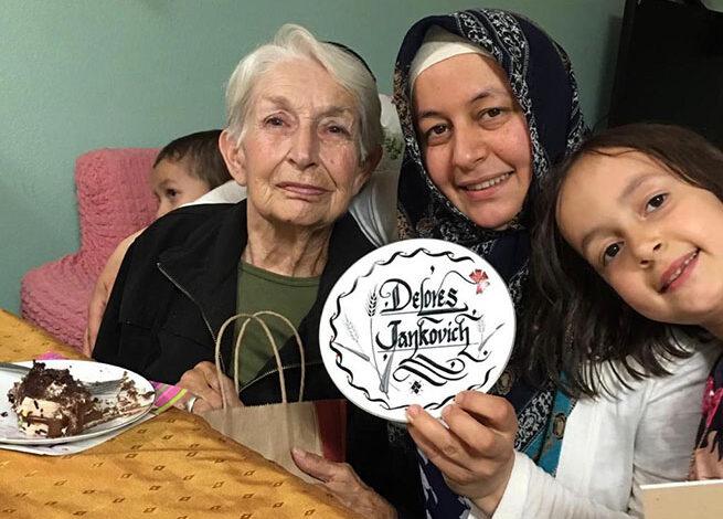 Dolares Teyze ile Hizmet Gönüllüsü Murat Ailesi'nin hikayesi 1