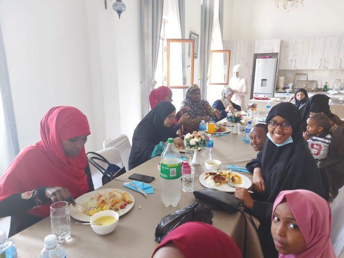 Hafız anneleri Nizamiye gönüllülerine teşekkür etti   Türkmen Terzi 2
