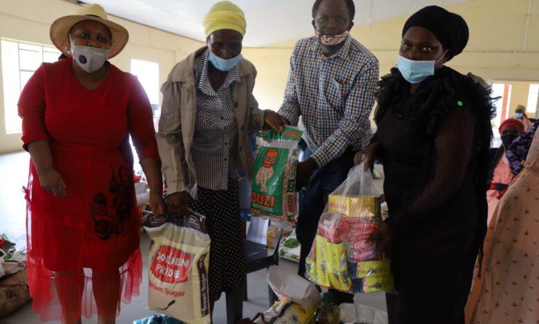 Mashatile, Hizmet gönüllüleri ile korona yardımına katıldı 1