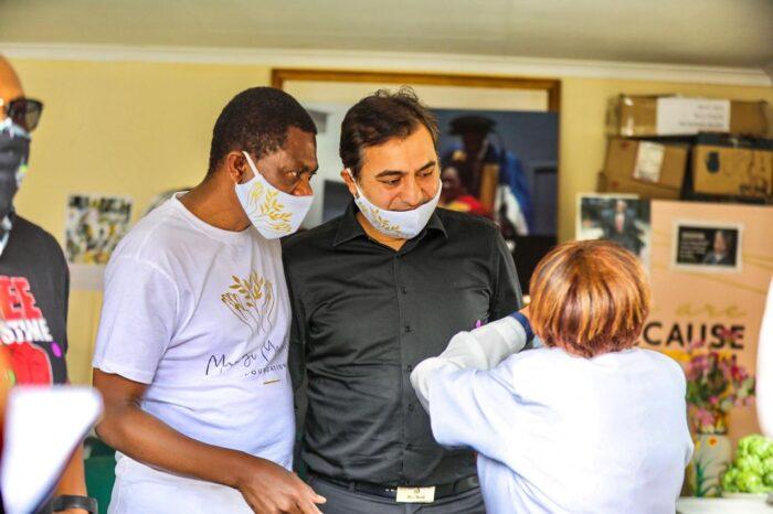 Mashatile, Hizmet gönüllüleri ile korona yardımına katıldı 4