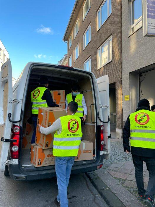 Time To Help'in yardım TIR'ı Köln'den yola çıktı 2
