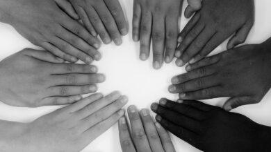 Kardeşlik hakkı için!-1 | Dr. Selim Koç 3