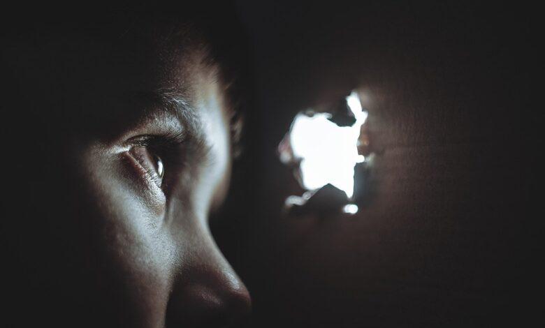 Zalimin saltanatını yenen çocuk | Safvet Senih 1