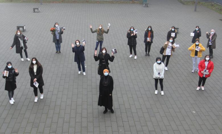 Eringerfeld Okulları'ndan Dünya Kadınlar Günü kutlaması 1