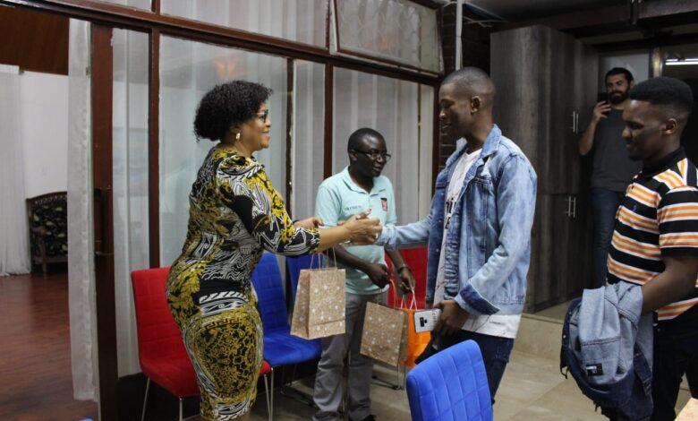 Mokonyane'den Afrikalı gençlere: Hizmet insanlarına yapılan zulümlere sessiz kalmayın 1