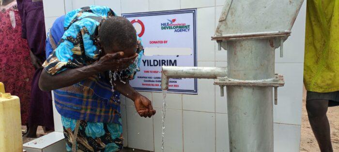 100 bin Ugandalı daha suya kavuştu 6