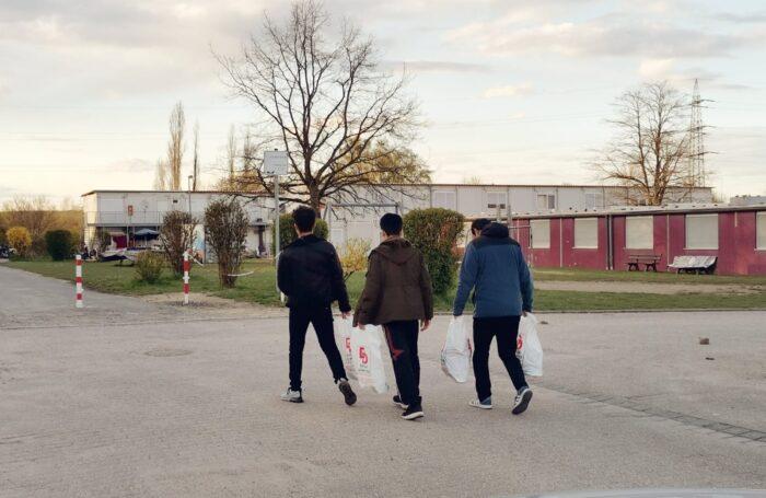 Yeni Almanyalılar İnisiyatifi yardımdan yardıma koşuyor 3