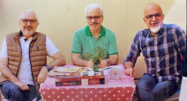 Üç yiğit adam! | M. Nedim Hazar 1